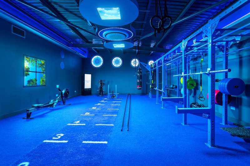 a gym room in blue