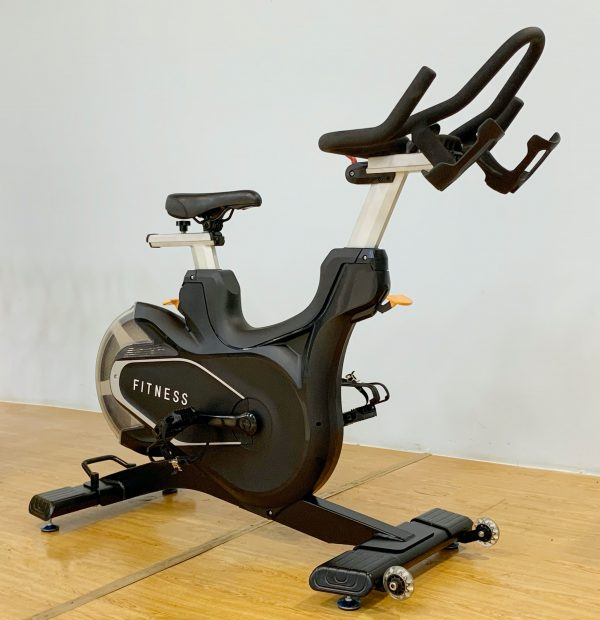 D06 - ART D06 Spinning Bike